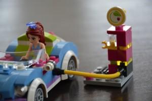 Mia, Lego going solar
